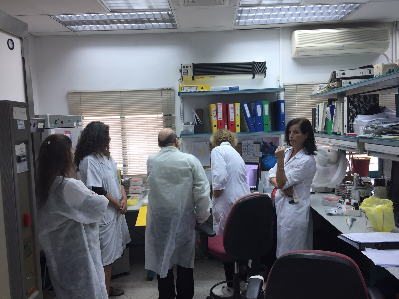 תזכורת למגדלים – ביצוע בדיקות חלב במעבדה לבריאות העטין
